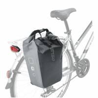 """Сумка на багажник боковая KLS NAIRA, объем: 18л, 45х32х17см, влагостойкий материал: ПВХ, застёжка-закрутка, карман для лэптопа (13""""), 2 кармана-органайзера, фиксация 3-мя клипсами, светоотражающие элементы спереди и по бокам"""